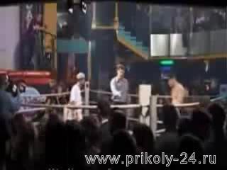 Драка на ринге